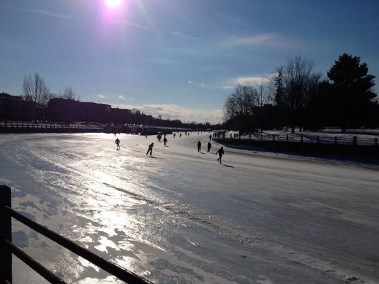 Wunderbarer Wintertag auf dem Rideau Kanal - Glorious winter day on the Rideau Canal
